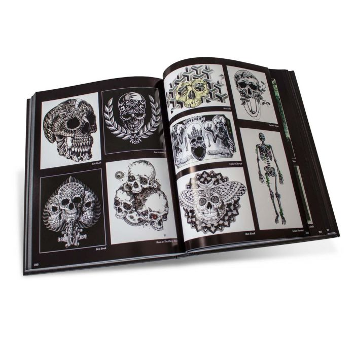 Buch: Excavate: Unearthing Artistic Skeletal Remains – Normal Edition (Out of Step Books)